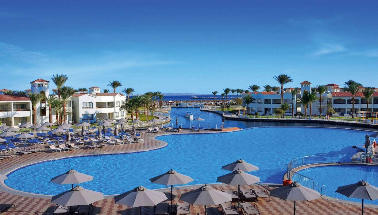 Pickalbatros Dana Beach Resort